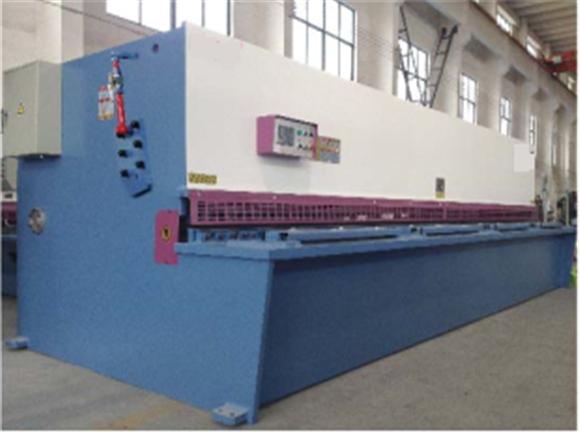 QC12Y-液压摆式剪板机