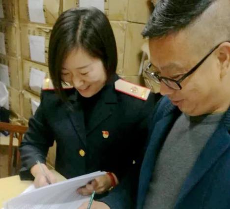 重庆铁路客运段职工新款制服发放