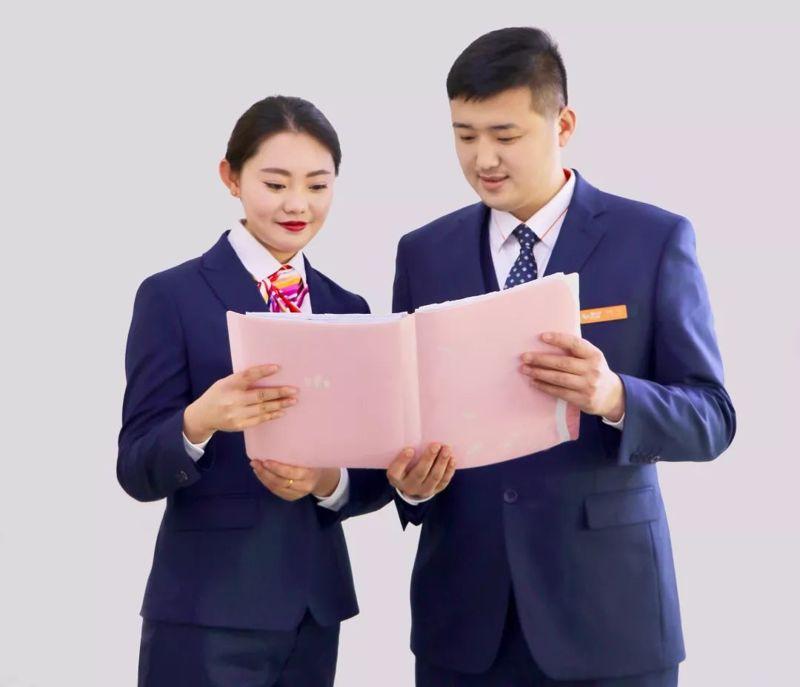 中国联通重庆分公司新款工装正式亮相