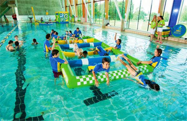 拓展训练项目:水上对抗