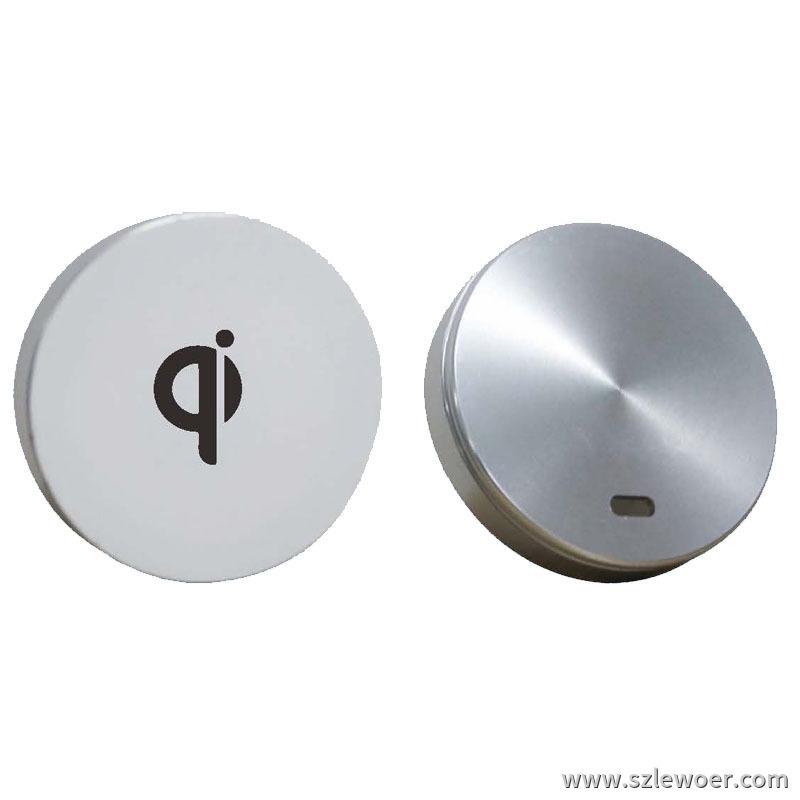 利行者QI通用标准桌面内嵌式无线充电器