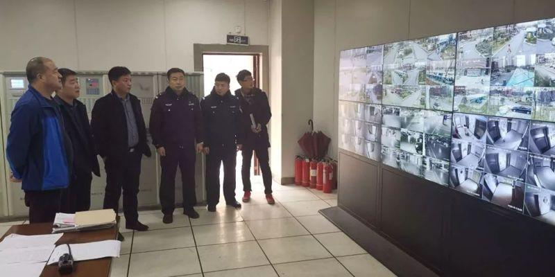 龙湖办事处加快推进平安郑州视频防身器材工作,让黑恶势力无处逃