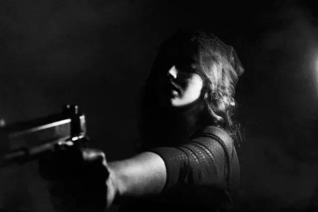 非致命武器泰瑟电击枪的致命案数据库