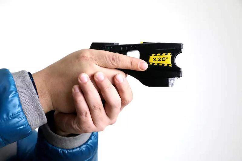 进口泰瑟X26电击枪