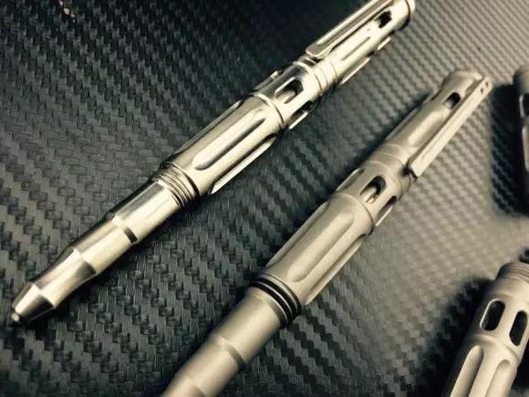 私人防身战术笔隐蔽又好用你的私人战术笔