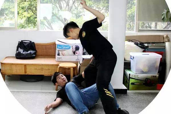 女性防身自卫防骚扰