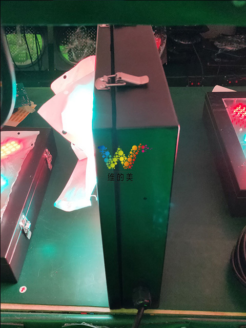 铁箱红叉绿箭1