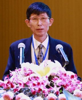 岳庆平——经济形势分析专家