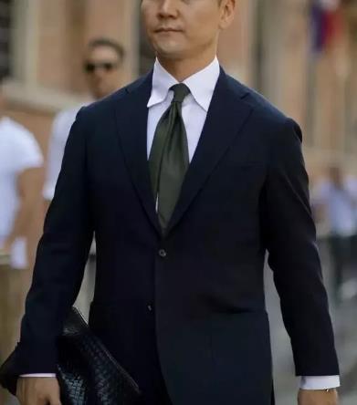 领带的搭配要领