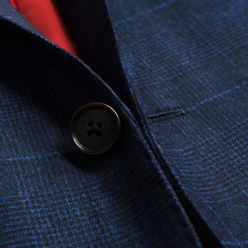 蓝色小方格两粒扣西服