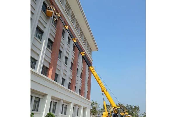 16米高空车施工案例