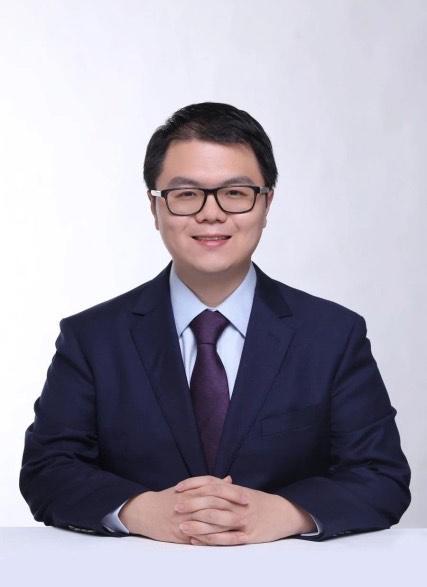 <b>韩晗——经济学专家</b>
