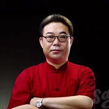 <b>赵强——营销策略专家</b>