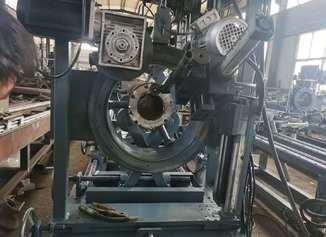 钢管焊接法兰设备,全自动钢管法兰焊接设备