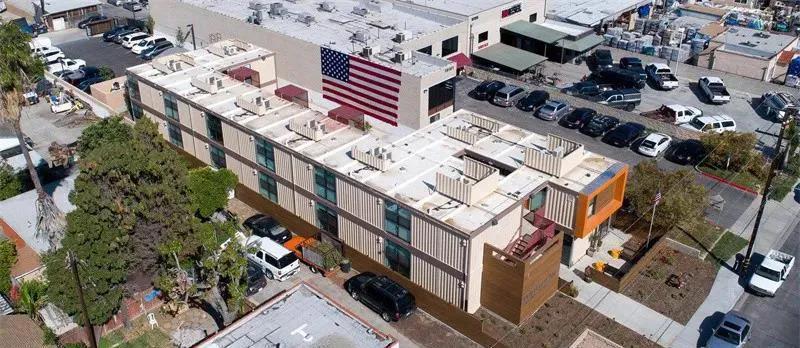 为退伍军人建了这栋模块化公寓楼