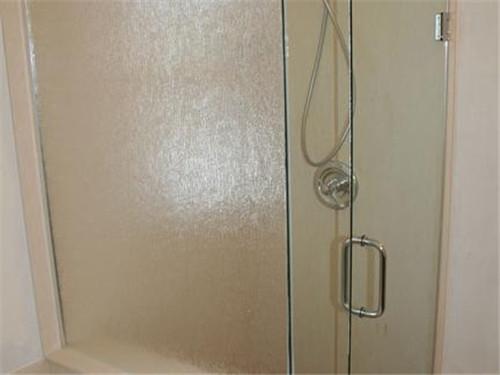 卫生间玻璃门怎么选购