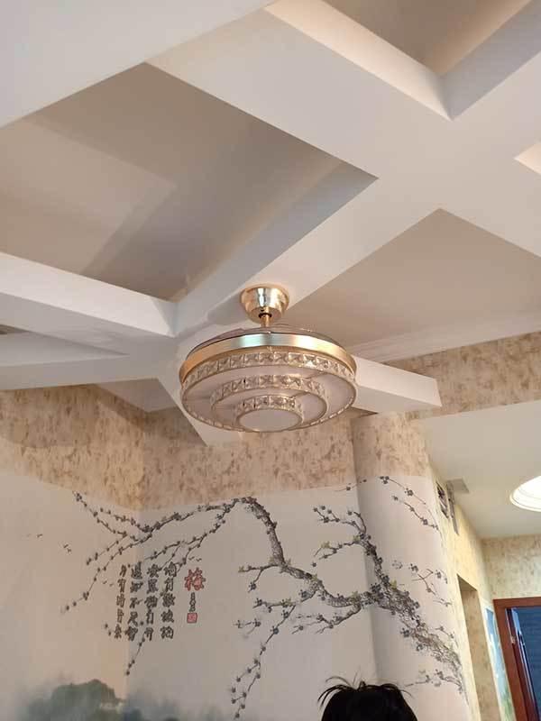 餐厅LED吊顶