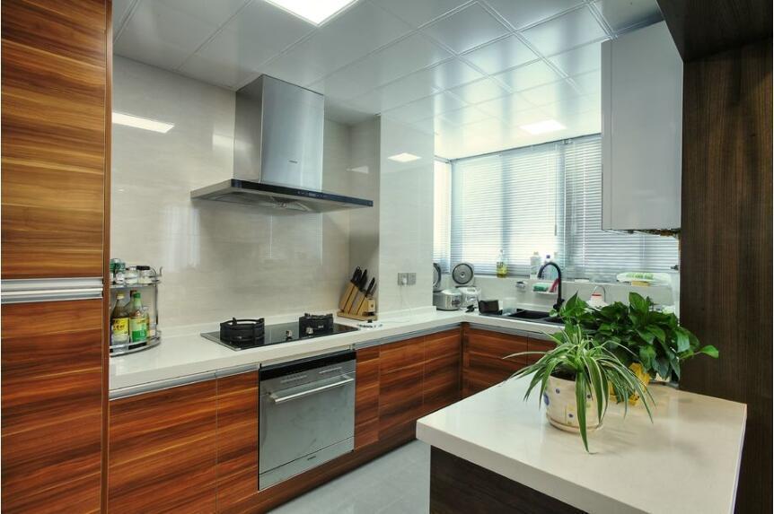 你知道厨房装修中防潮的三个主要因素吗?