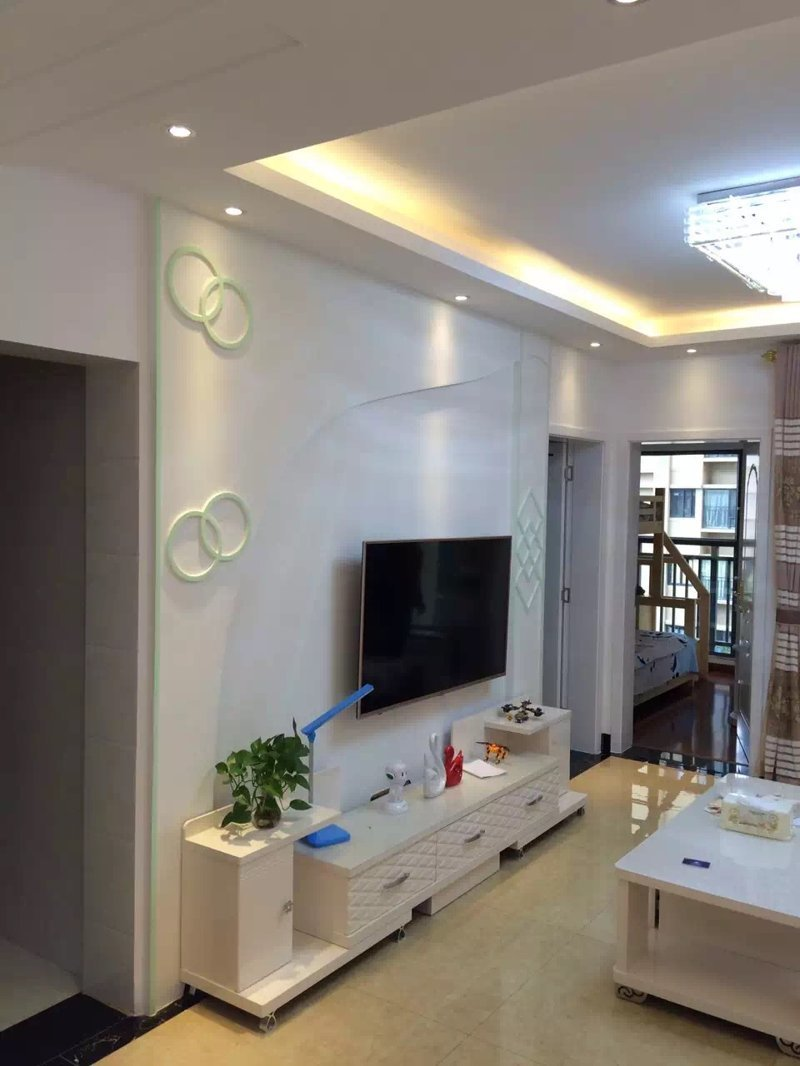 龙湖水晶郦城三室一厅旧房改造翻新装修在建工程