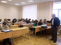 """这些俄语都是""""课"""",那你上的是哪个呢"""