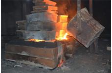 渣浆泵铸造浇筑过程