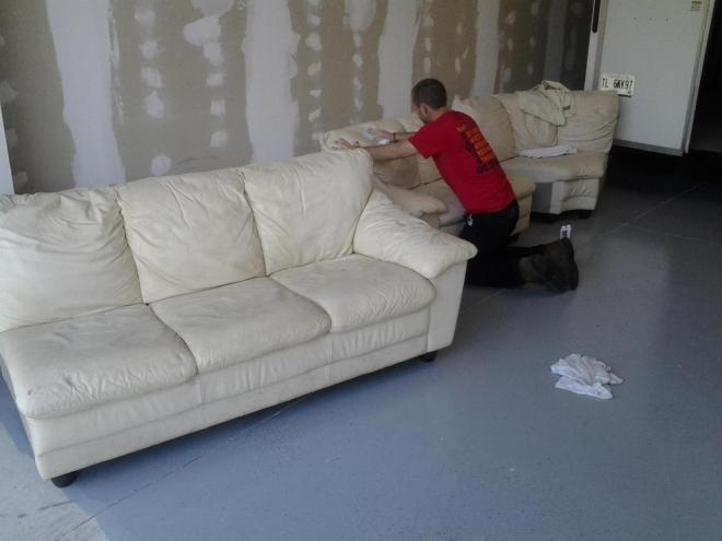 皮沙发怎么清洗?教你6个小窍门