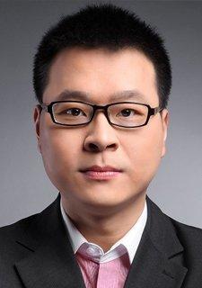 黄嵩——金融理论专家