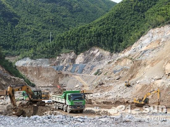 长龙山抽水蓄能电站二期工程施工现场