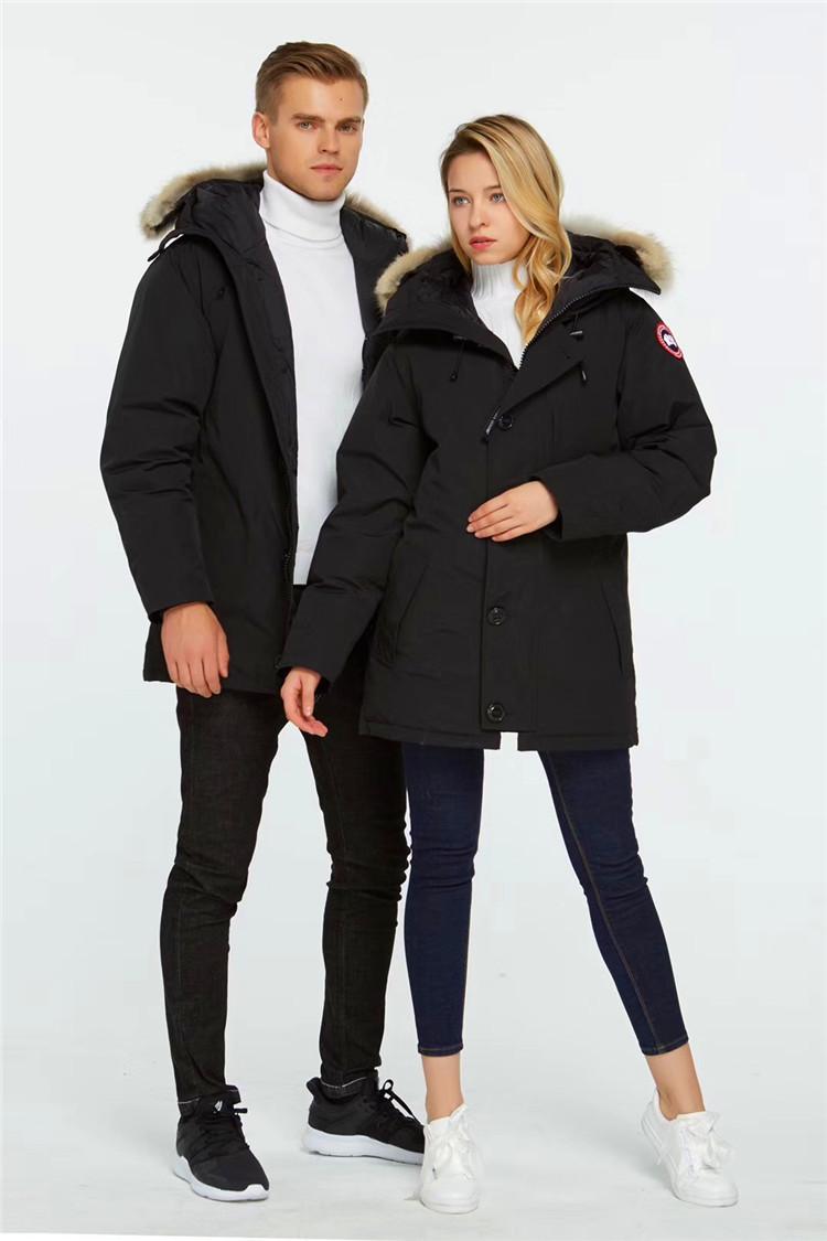 加拿大鹅羽绒服