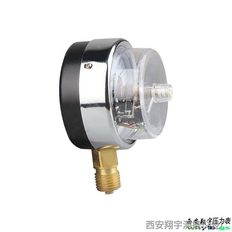 随着科技发展小型电接点压力表出现解决人们对自动控制水位的要求