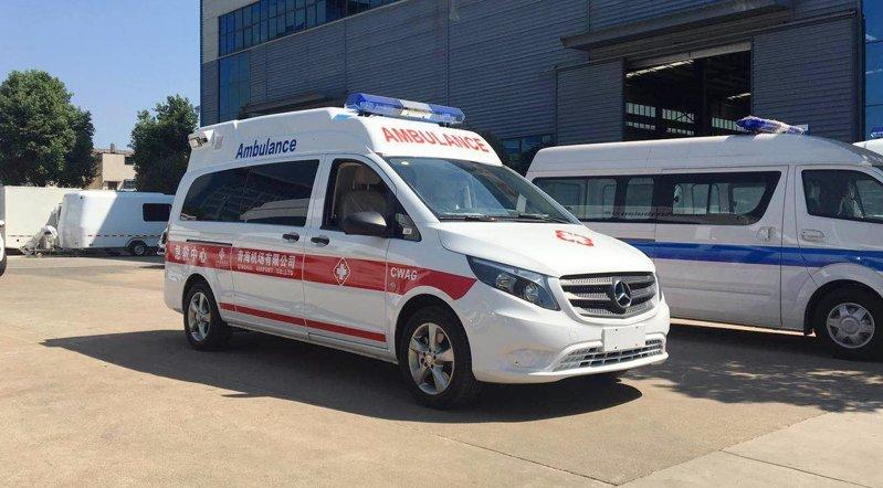 奔驰新威霆120急救车