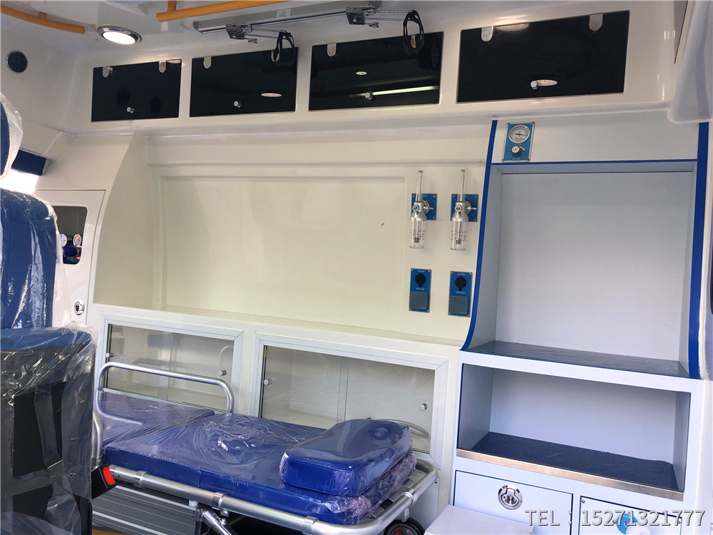 奔驰国六救护车厂家15271321777