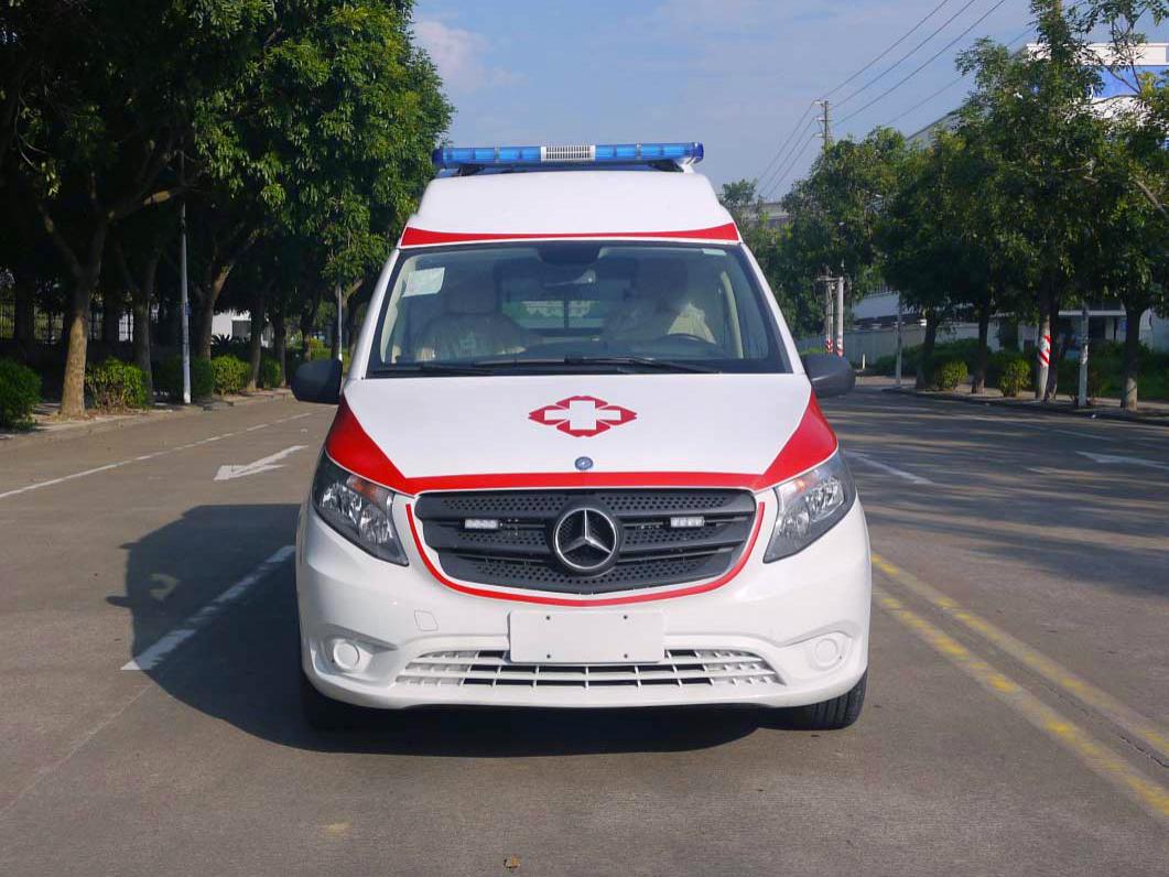 奔驰New Vito监护型救护车