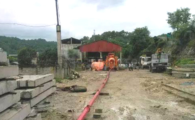 混凝土地泵管怎么连接