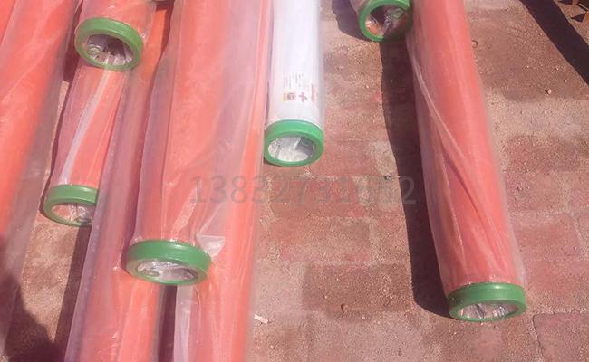 不同长度的泵车泵管