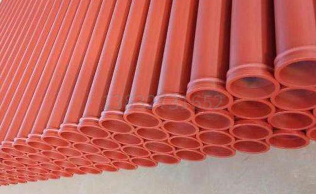 混凝土输送泵泵管的图片