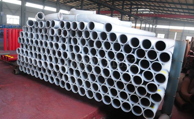 125地泵输送泵管的图片