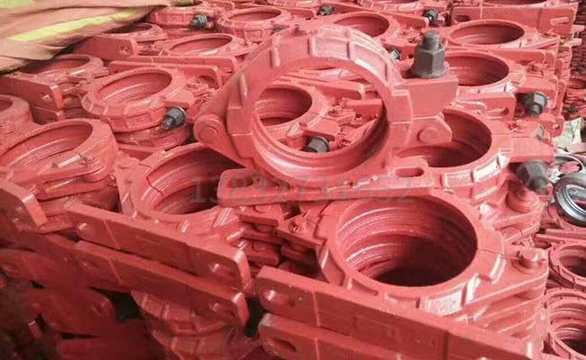 泵车固定座管卡