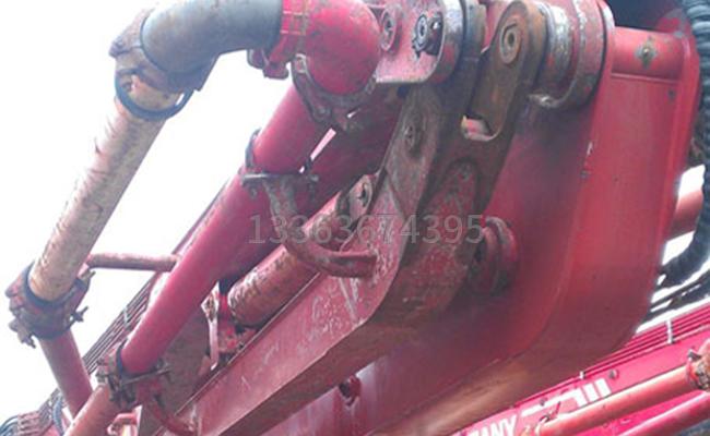 泵車臂架管怎麽拆裝