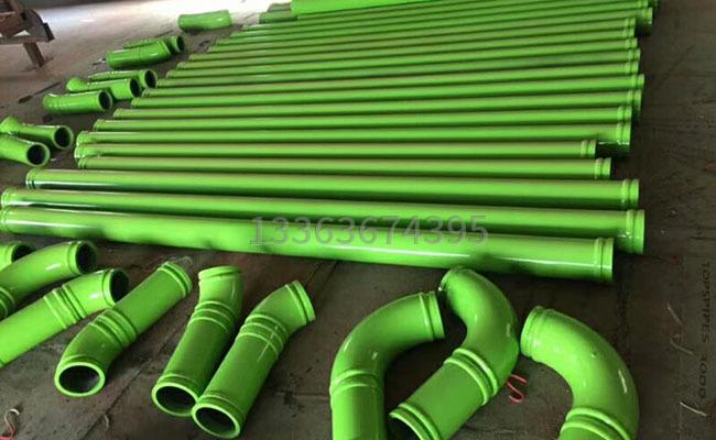 125泵車泵管的圖片