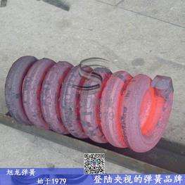 热卷巨型弹簧