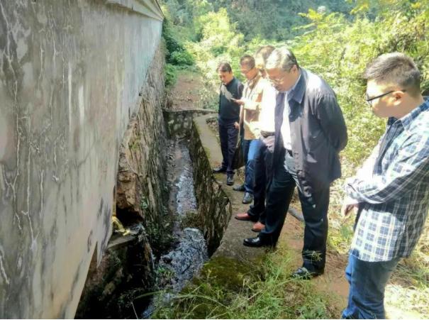 巴南区界石服务区污水处理现场督查工作
