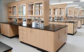 亚投国际生产的全钢实验室家具