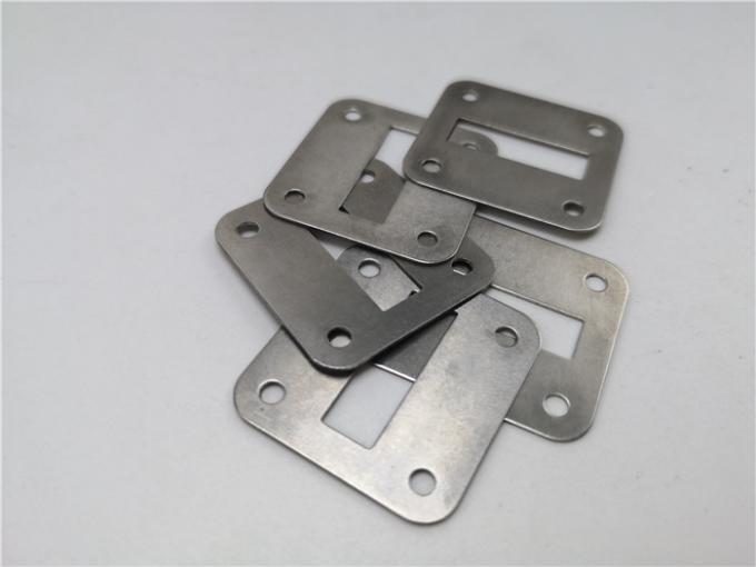 304不锈钢冲压四孔垫圈