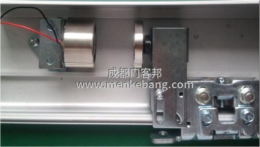 自动门磁力锁,自动门专用磁力锁,感应门锁磁力锁,自动感应门电锁,圆形磁力锁安装图片