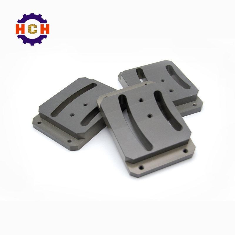 cnc精密机械加工:精密零部件加工应用于中五金合金制品的区别
