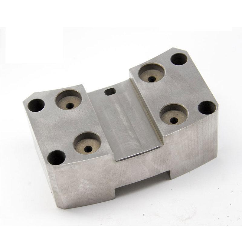 要做一批优良精密零部件件选取有經驗的加工场专门来样加工深圳精密机械加工就个好选择