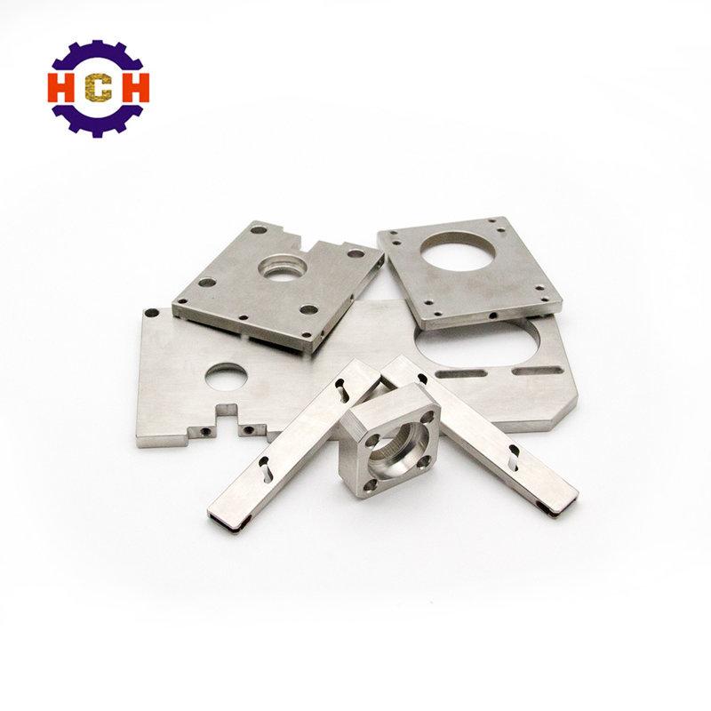 钣金加工的精度是靠机械零部件加工数控机床产技术来维持