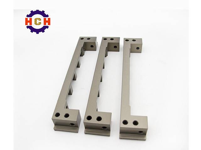 机械零部件加工行业提高了汽车零部件加工的质量标准