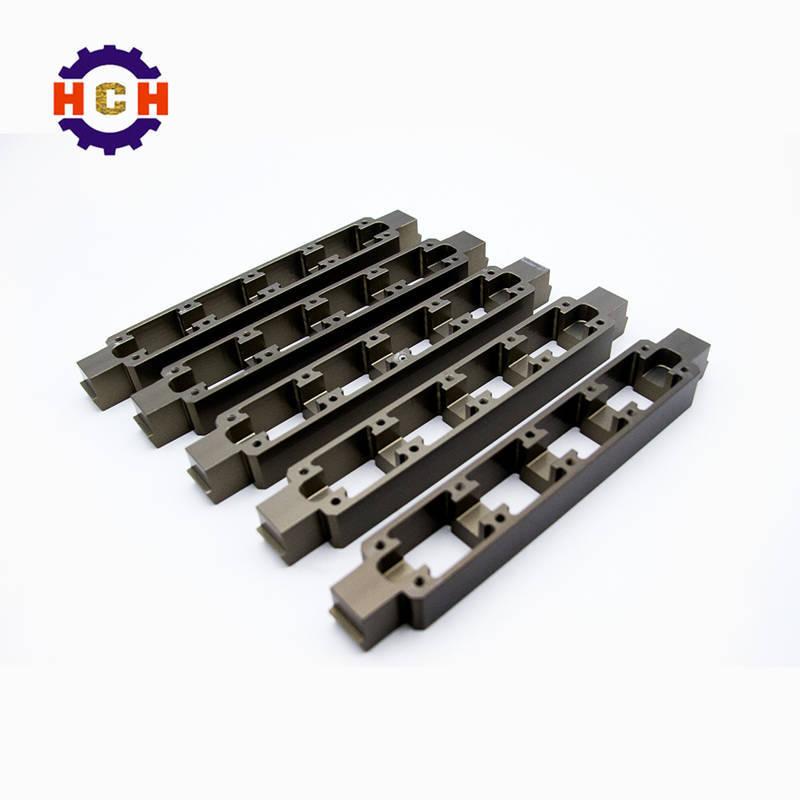 我国的精密机械零部件加工设备主要加工低端产品,要加工高端产品需要用进口的精密机械零部件加工设备才可以